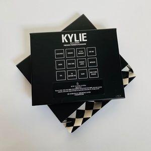 Kylie Cosmetics Makeup - Kylie Cosmetics Kris Kollection Eyeshadow Palette